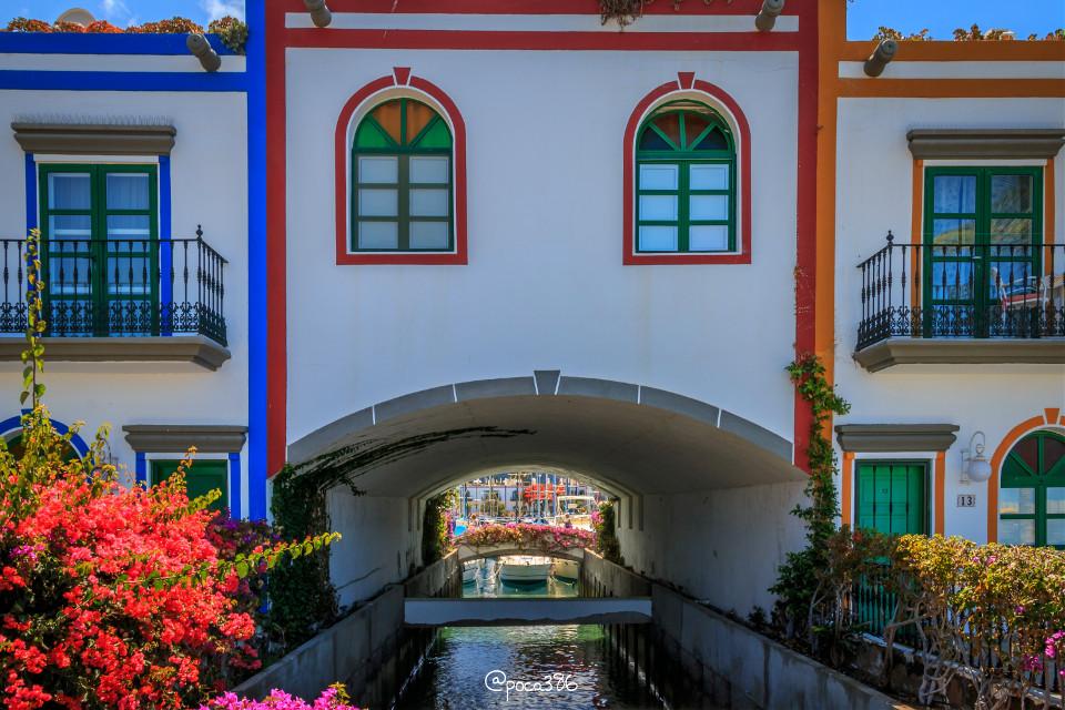 Puerto de Mogan #colorful #architecture #photography #travel #summer #grancanaria #puertodemogan