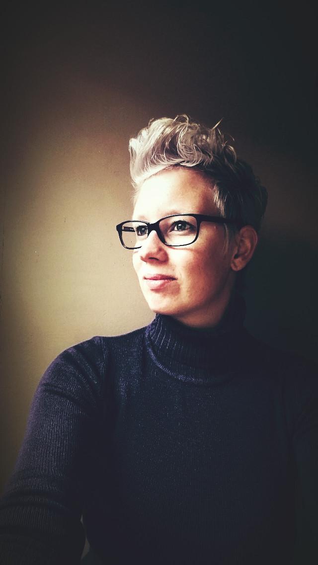 #selfie time! #woman #halflight #glasses #gray
