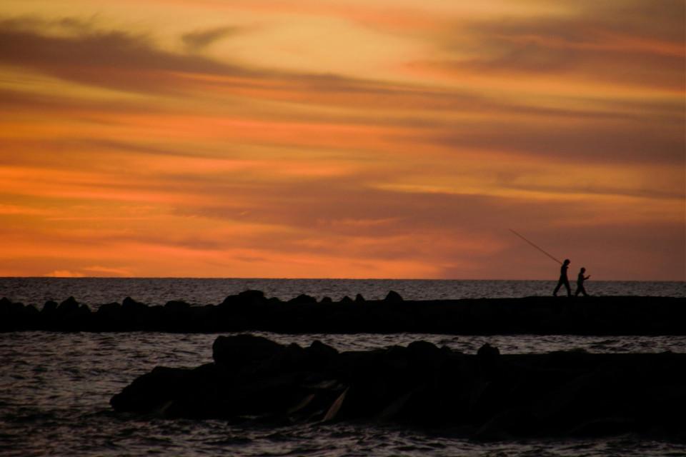Tarde de pesca... #beach #sunset #photography #nature