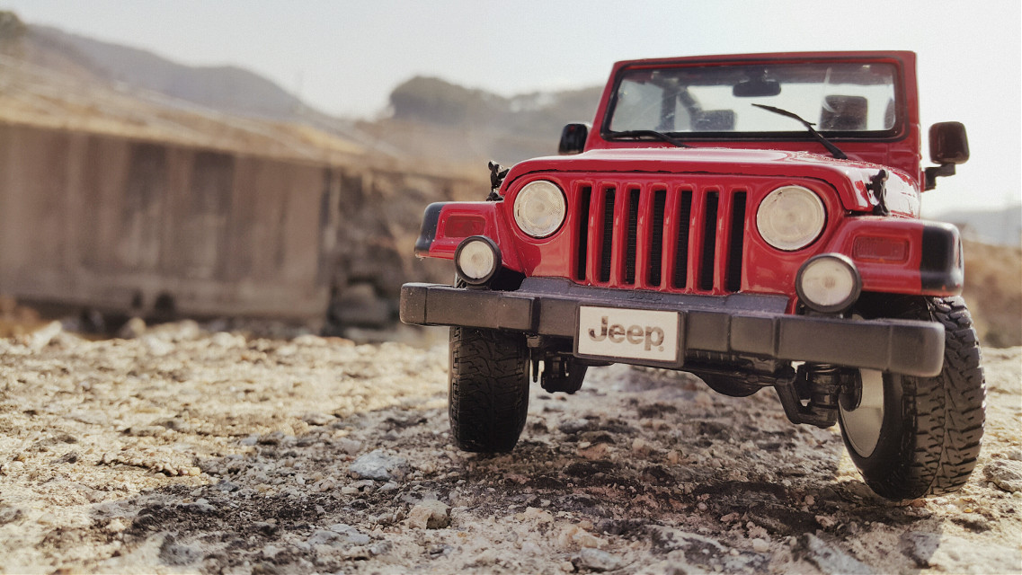 Maisto 1/18 Jeep in S.K.