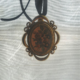 vintagefinds necklace black gold vintage