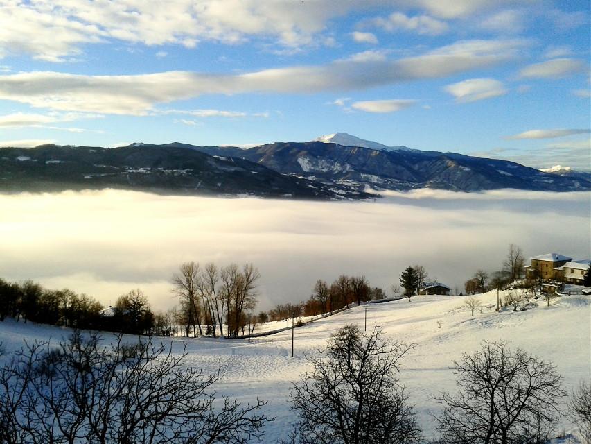 #wppfog #nature #mountain #fog #sky #winter #snow #sunlight  #wpphike
