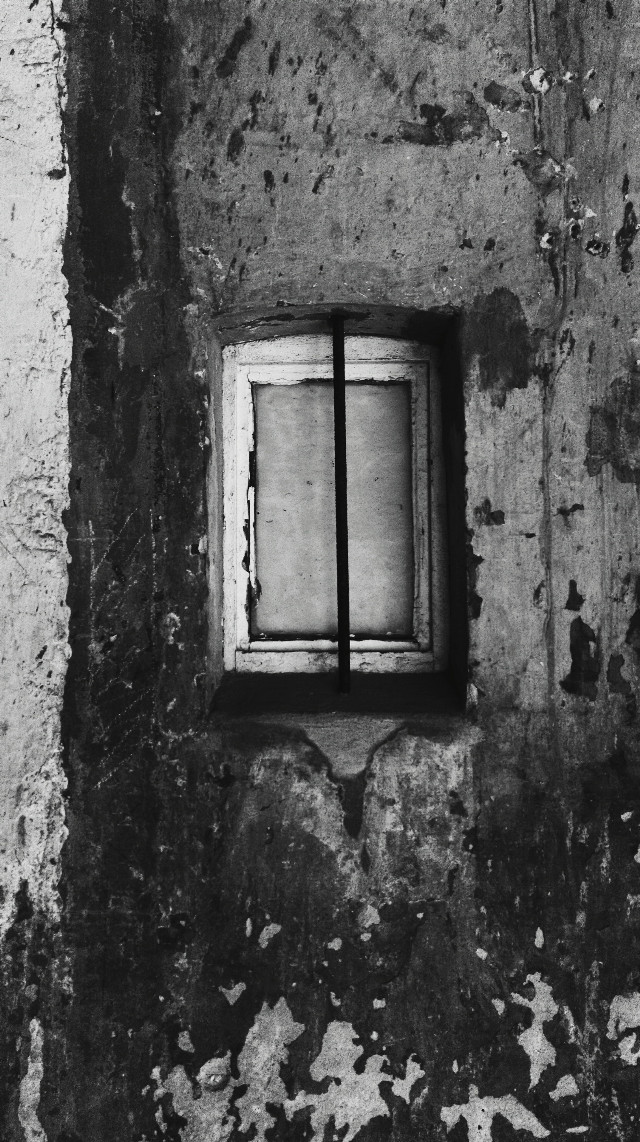For daily inspiration: #texture + #FreeToEdit  (taken with my phone) #oldbuilding #blackandwhitephotography #window #TracesOfTime